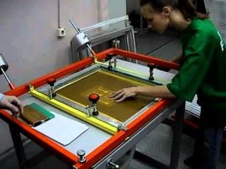 Процесс создания шелкографического изображения