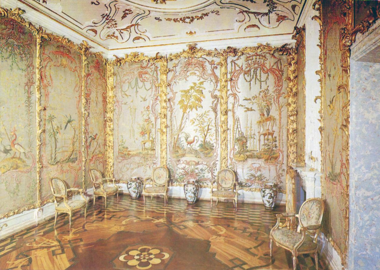 Стеклярусный кабинет Екатерины Второй
